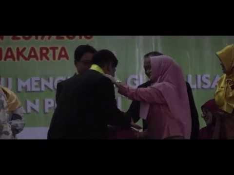Penyerahan Siswa Kelas XII SMK 8 Jakarta Tahun 2017/2018 Kepada DUDI Dan Orangtua