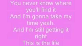 hannah montana- this is the life with lyrics