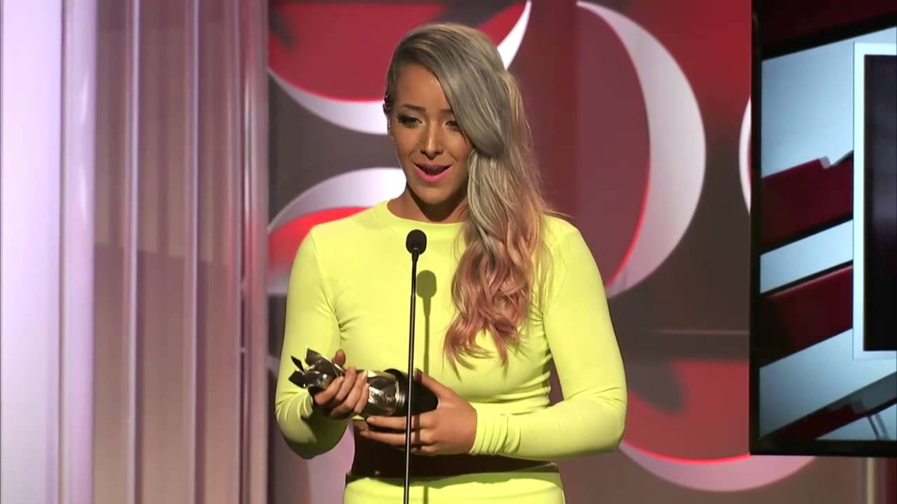 Jenna Marbles Wins Best First Person Series Streamy