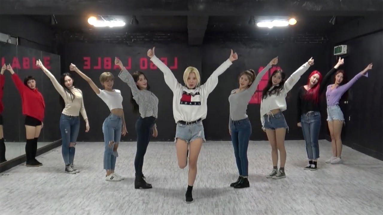 MOMOLAND (모모랜드) - 뿜뿜(BBoom BBoom) Dance Practice (Mirrored) #1