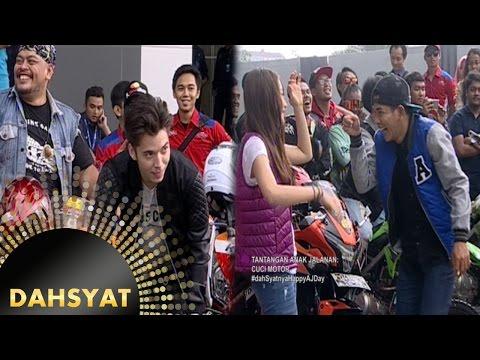 Dahsyatnya Anak Jalanan Nyuci Motor Bareng [DahSyat] [12 Oktober 2016]