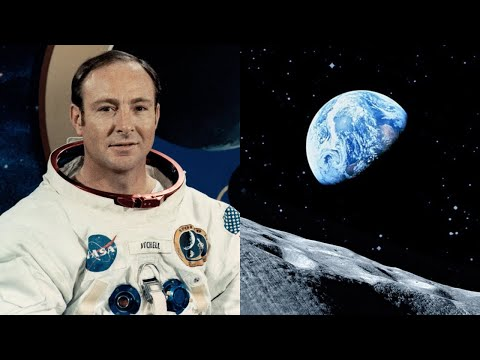 Astronaut Edgar Mitchell on UFOs and Extraterrestrial Life in the Universe (Apollo 14) - FindingUFO