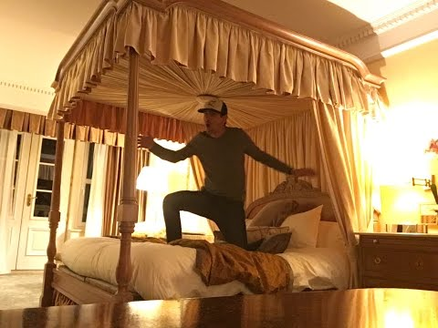 Jumping on Michael Jackson's Bed! The MJ Code!