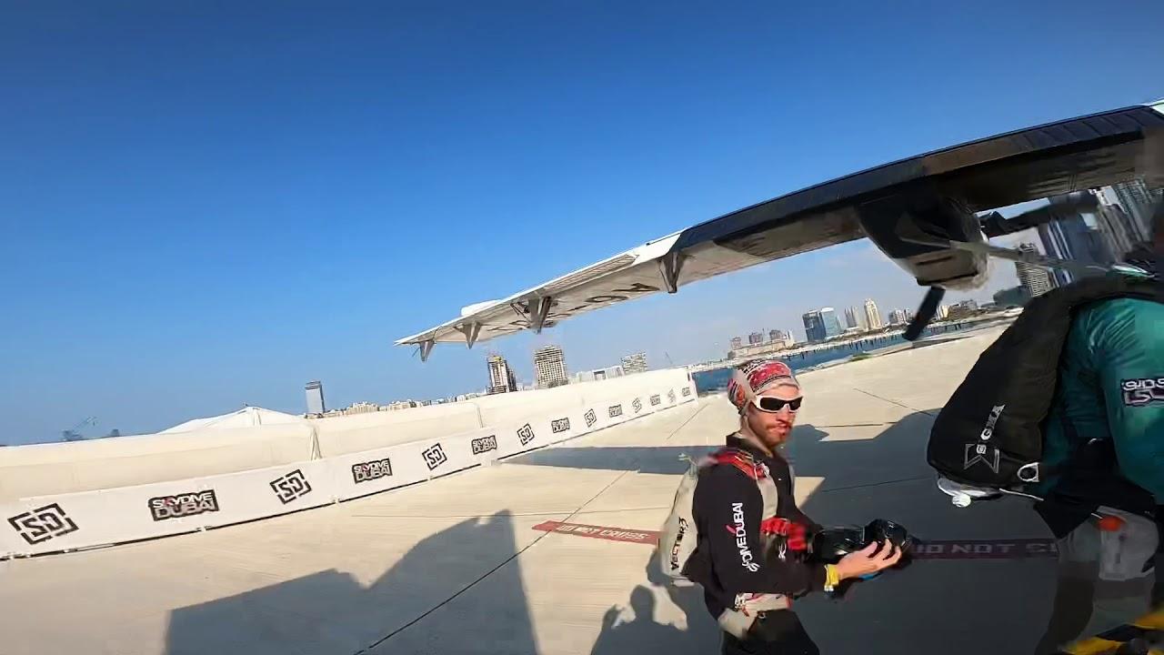 Dubai skydiving 😎😁😎👌👌 - YouTube