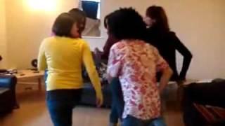 MeDo-AbHa  رقص السامبا السعوديه في الخارج