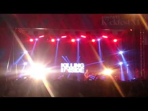 Killing Me Inside ft. AIU - Fake (Live Simpati Kickfest 2017)