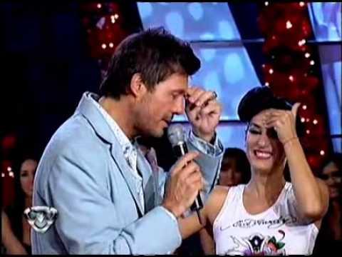 Showmatch 2010 - Silvina Escudero ¿enamorada de Marcelo?
