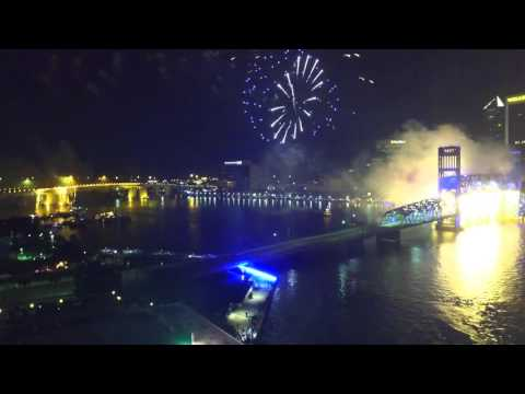 2015 Jacksonville, Florida Light Boat Parade and Fireworks