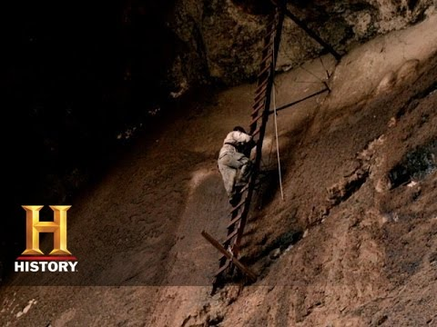 Legend Of The Superstition Mountains: Black Cross Butte (S1, E6) | History