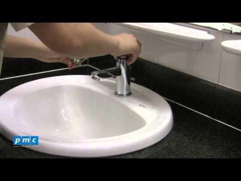 PMC - Xử lý vòi nước rửa tay bị rỉ nước ở thân vòi