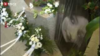 Pohřeb zavražděné Petry (†15)