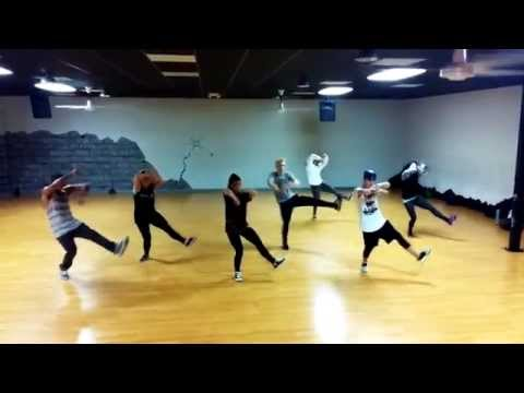 @arianagrande Be My Baby @chrischawi Choreography