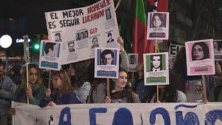 Estudiantes uruguayos conmemoran medio siglo de la muerte de sus mártires