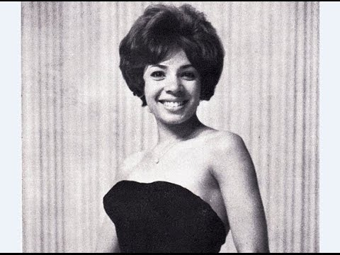 Shirley Bassey - Hold Me Thrill Me Kiss Me (1969 Recording)