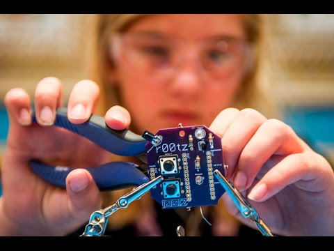 So you want to be a hacker? Advice from the kids of DEF CON