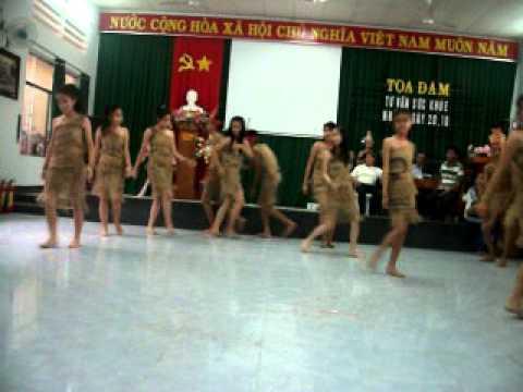 điệu múa rừng xanh. THPT Nguyễn Trãi. Ninh Thuận