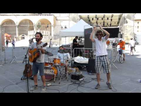 Heavy Wood - Umbria Jazz, Perugia, Italy, 2014-07-14 - 04. Living on a Dream