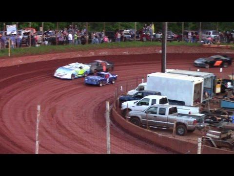 Winder Barrow Speedway Advanced Four Cylinders 4/23/16