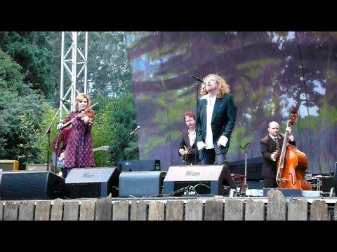 Robert Plant & Alison Krauss with T-Bone Burnett