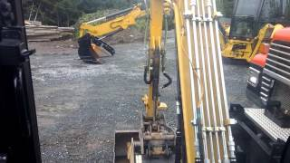Cold start the Cat mini excavator