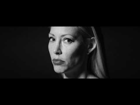Julie Mintz - The Sorrow Tree (Acoustic) (Official Video)