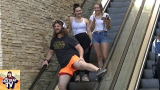 AWKWARD Dancing on the Escalator!!