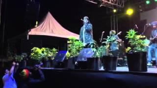 AKAE BEKA - Vaughn Benjamin - Live On Stage At Stepping High Festival 2016
