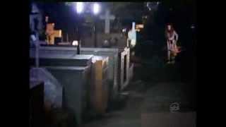 Câmera Escondida Silvio Santos - Menina Fantasma no Cemitério! (20/10/2013)