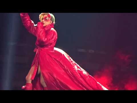 LADY GAGA - BLOODY MARY (Live in Houston, Tx 12/3/2017) Joanne World Tour