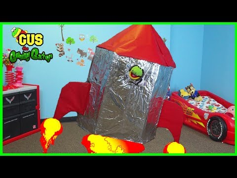 BOX FORT CHALLENGE! Kids build GIANT SPACESHIP!!
