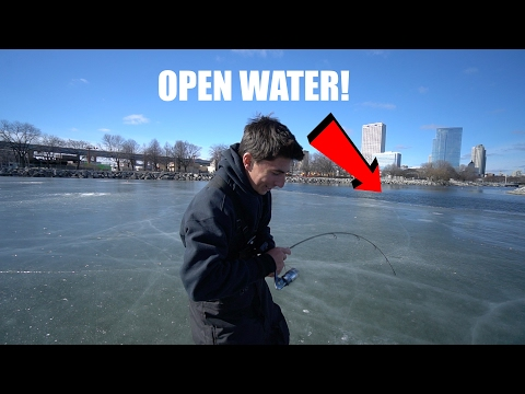 Fishing in Downtown on Sketchy Ice!!