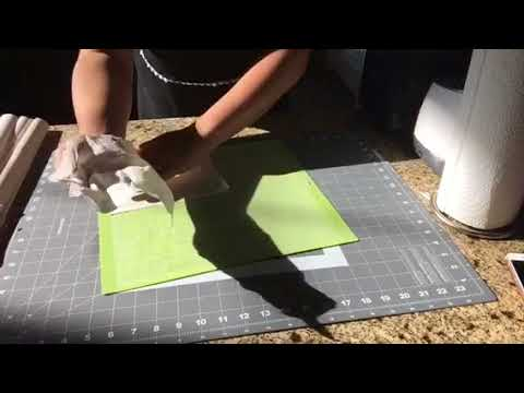 Cleaning your Cricut mat with baby wipes