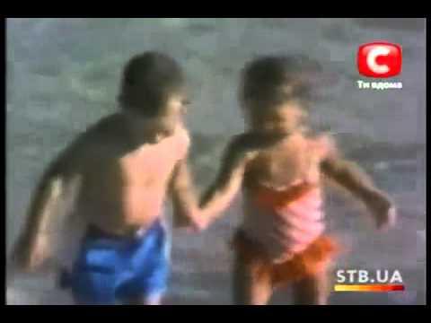 Видео девочка сосёт у мальчика в школе фото 652-591