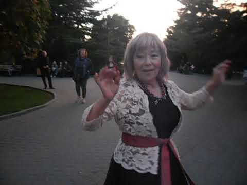ЛЮБОЧКА В ГОСТЯХ----Танцы на Приморском бульваре - Севастополь с певцом СЕРЕЕМ СОКОВЫМ октябрь