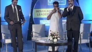 Yash Chopra, Filmmaker receiving Award at 2nd Annual India Leadership Conclave Awards 2012