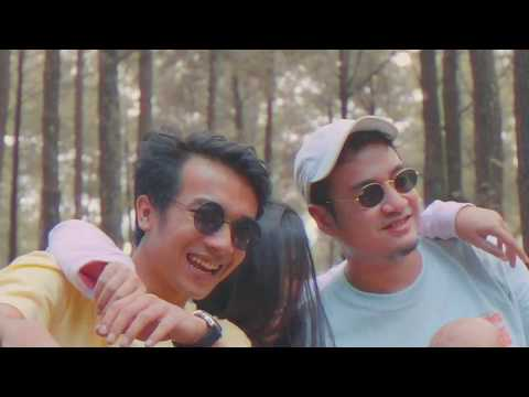 Midnight Quickie & Osvaldorio - Bersamamu Bahagia (Official Video & Lyric Clip)