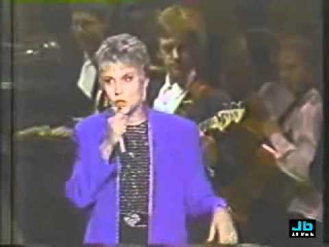 Anne Murray with the Boston Pops  - You Won't See Me Mp3