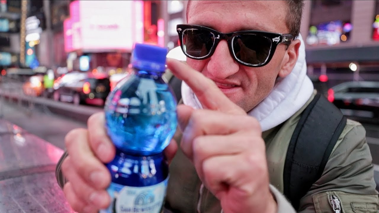 this-90-water-bottle-has-a-hi-def-video-camera