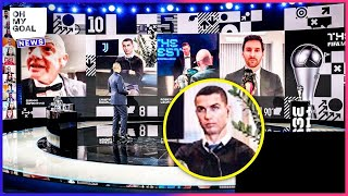 Ronaldo's disgusted reaction when Lewandowski won the award for player of the year | Oh My Goal
