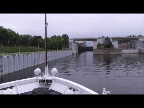 Volga River Lock - Time Lapse