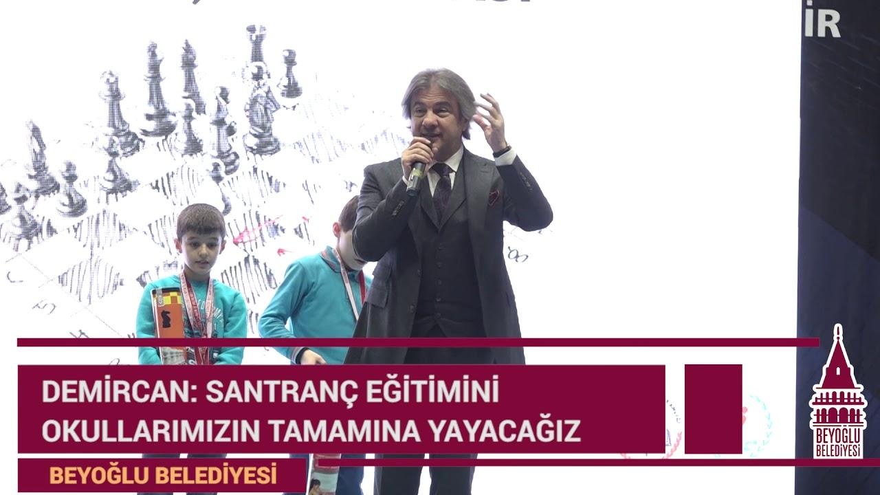 Beyoğlu'nda Çocuklar İçin Satranç Turnuvası