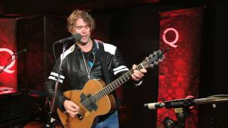 Guitar Lesson by Corb Lund on Q TV