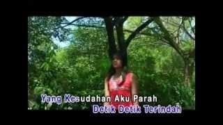 Ramalanku Benar Belaka - Umbrella (With Lyrics) HQ