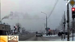 Иномарка протаранила светофор | www.trk7.ru