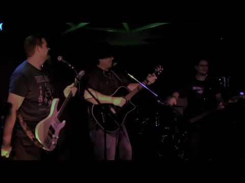 video:Bog Iron - Finnegan's Wake-  at Jose's Underground Lounge, Monterey CA