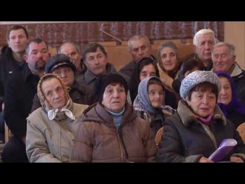 Будні політиків. Жителі села Парище отримали роз'яснення щодо ОТГ.