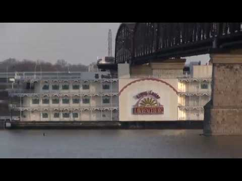 Huge Riverboat Casino Going Under The Big Four Walking Bridge In Louisville Ky