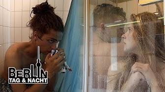 Heißes Versteckspiel in der Dusche 😏💦 #2010 | Berlin - Tag & Nacht