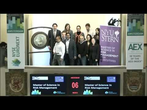 Amsterdam Institute of Finance en NYU Stern luiden gong