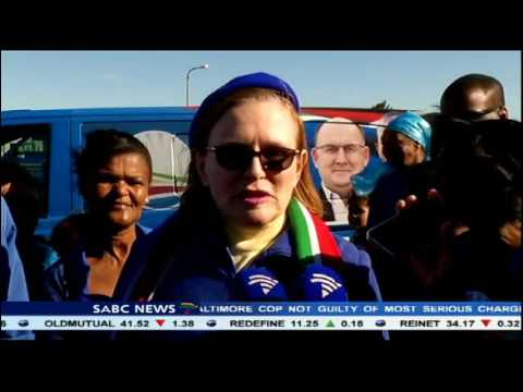 Helen Zille on a door to door campaign ahead of elections